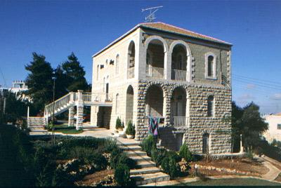 طراز معماري قديم في رام الله